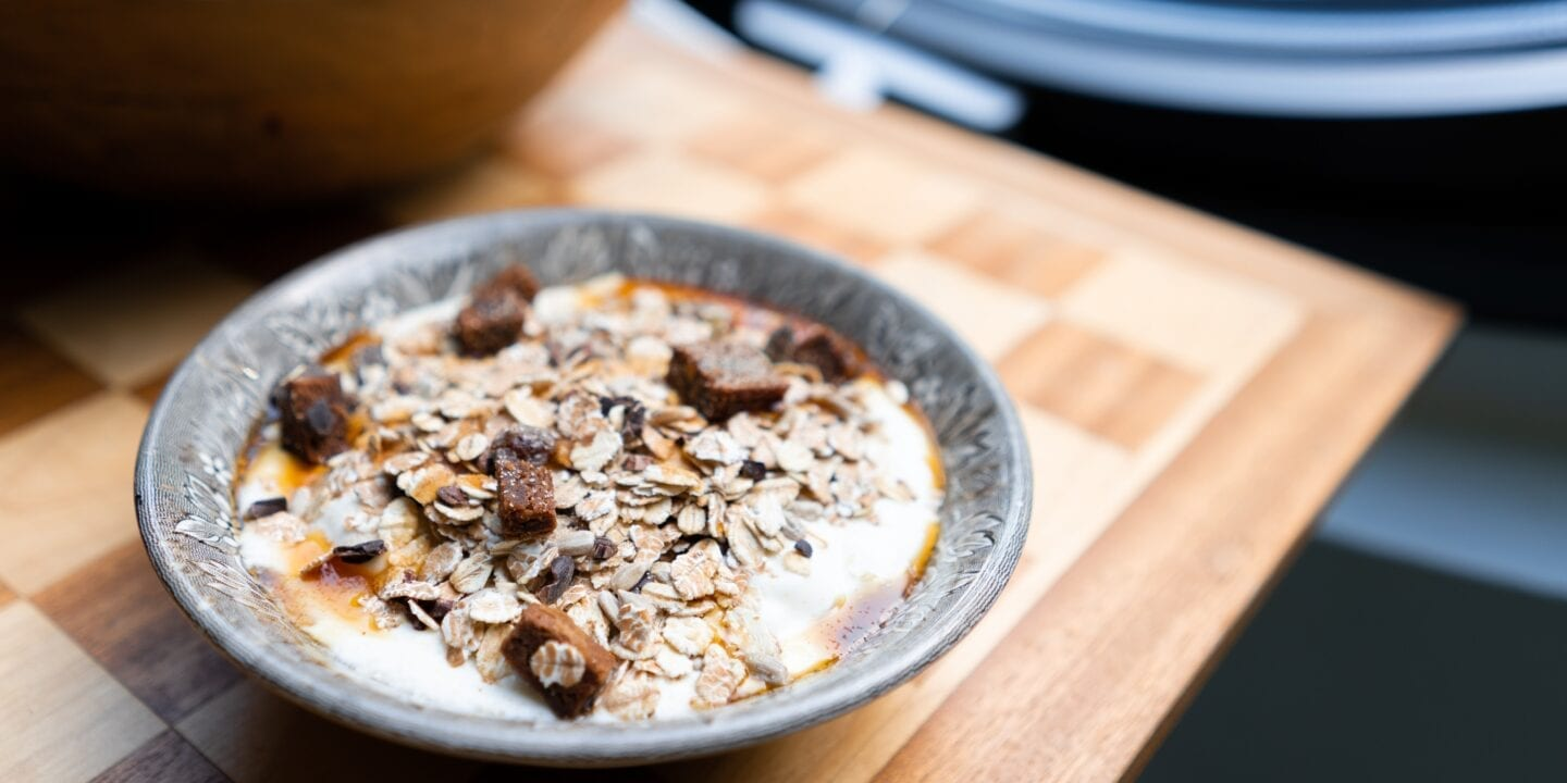 The Wondrous Benefits of Delicious Oatmeal to Enjoy for Breakfast Lunch and Dinner
